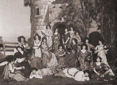 Rapturous_Maidens,_1919_Patience,_Gilbert_Sullivan